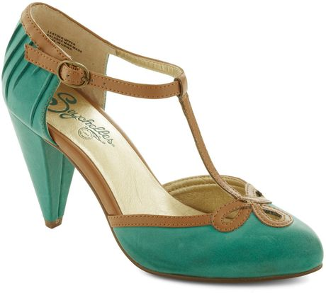 Modcloth All Dressed Up Heel in Matte Jade in Brown (tan) - Lyst