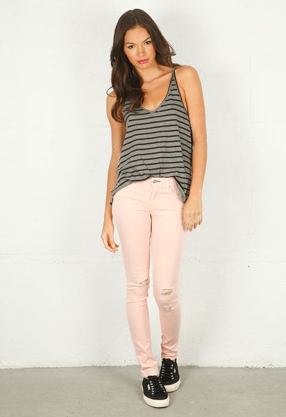 Rag & Bone Skinny Jean with Holes in Pink - Lyst