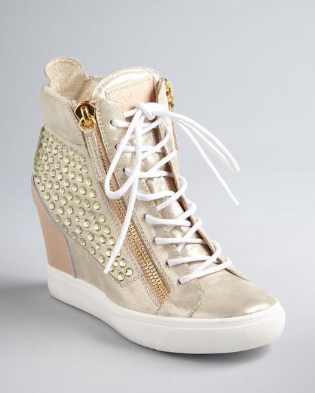 Giuseppe Zanotti Wedge Sneaker Booties Lorenz in Beige (gold