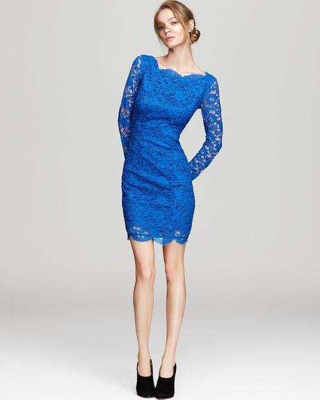 Madison Marcus Short Dress Long Sleeve Lace With Deep V