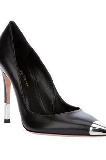 Gianvito Rossi Pointed Pump - Lyst