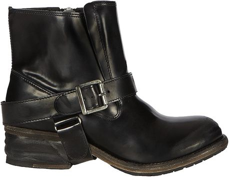 Allsaints Jules Biker Boot in Black (rustic jet)