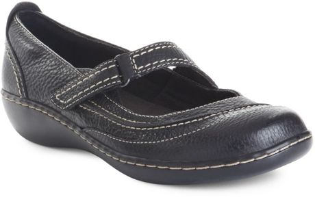 Clarks Ashland Avenue Flats in Black (black tumbled)