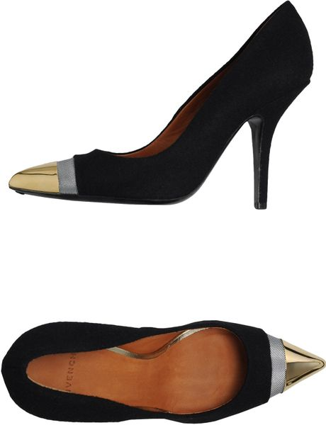 Givenchy Closed Toe Slipons in Black - Lyst