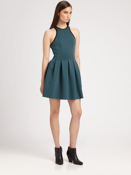 T By Alexander Wang Neoprene Pleated Dress in Green (kale) - Lyst