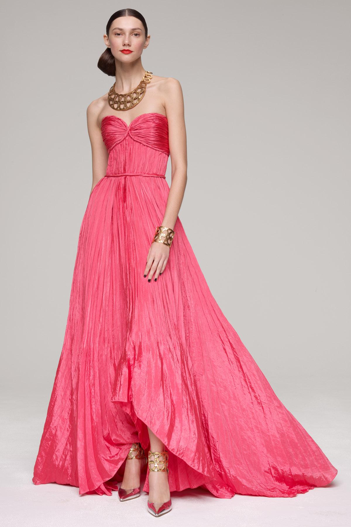 Oscar De La Renta Pleated Gown In Red Lyst