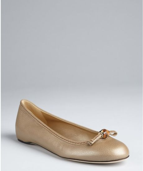 Gucci Gold Leather Bamboo Bow Flats in Gold