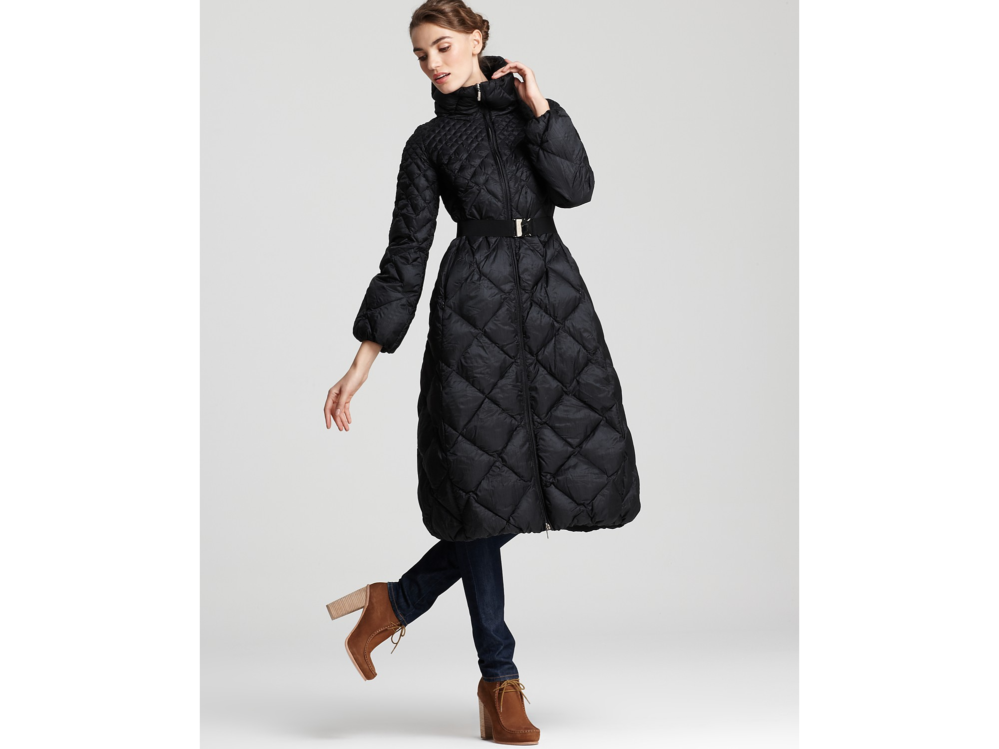 Moncler Carcajou Long Quilted Down Coat in Black | Lyst