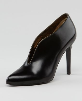 Lanvin Plunging Vamp Leather Bootie - Lyst