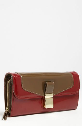 London Fog Essex Patent Clutch - Lyst