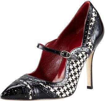 Manolo Blahnik Estipula Hound Stooth Pointed Toe Mary Jane - Lyst