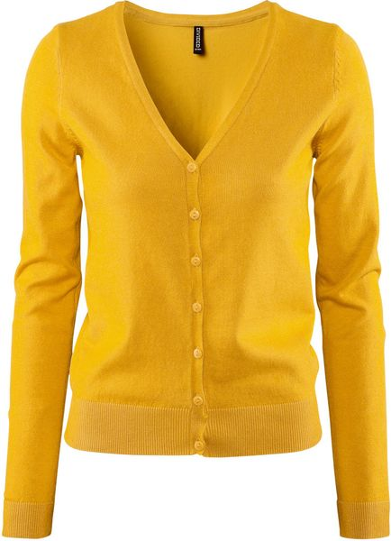 Image hotlink - 'http://cdnd.lystit.com/photos/2012/08/03/hm-mustard-cardigan-product-1-4386275-816175000_large_flex.jpeg'
