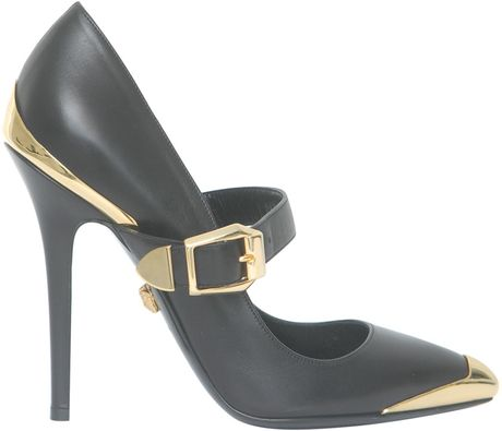 Versace Leather Decolleté with Gilded Details in Black - Lyst