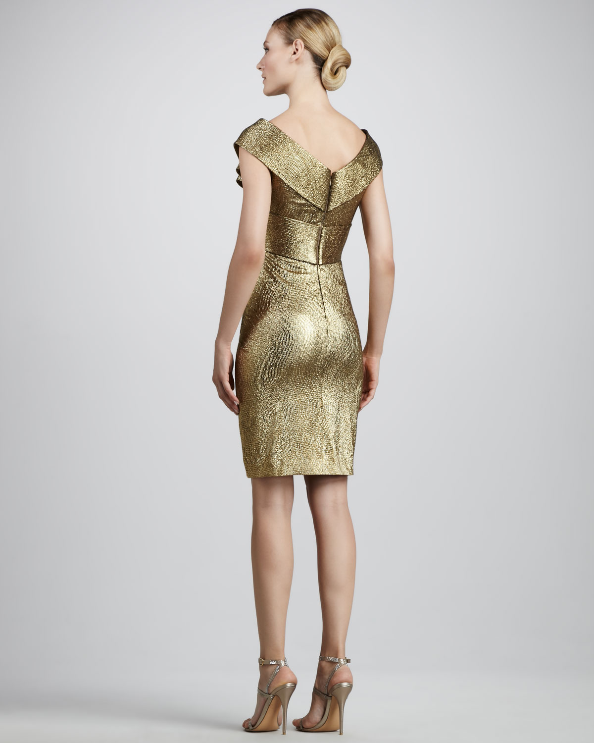 Lyst - Notte By Marchesa Bow Front Metallic Cocktail Dress in Metallic