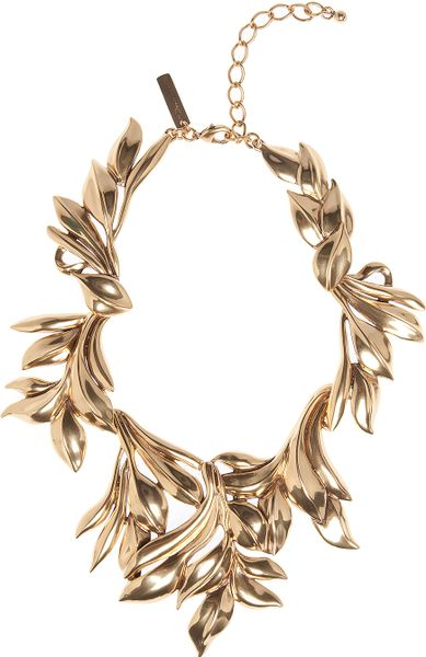 Oscar De La Renta Russian Gold Leaf Collar Necklace in Gold - Lyst