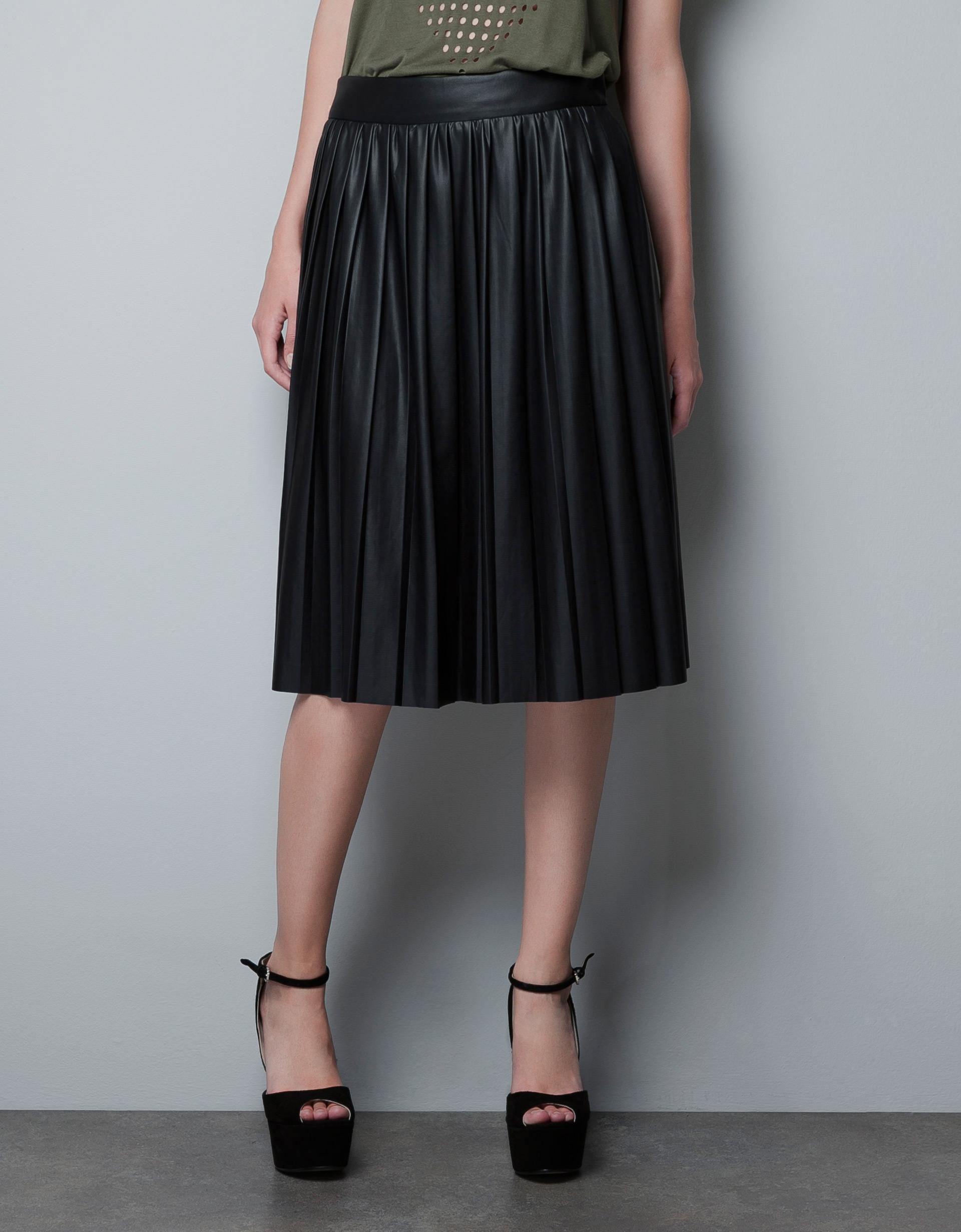 zara leathereffect rubberised skirt in black lyst