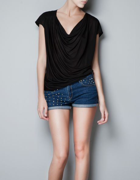Zara Tshirt with Plunging Neckline in Black - Lyst