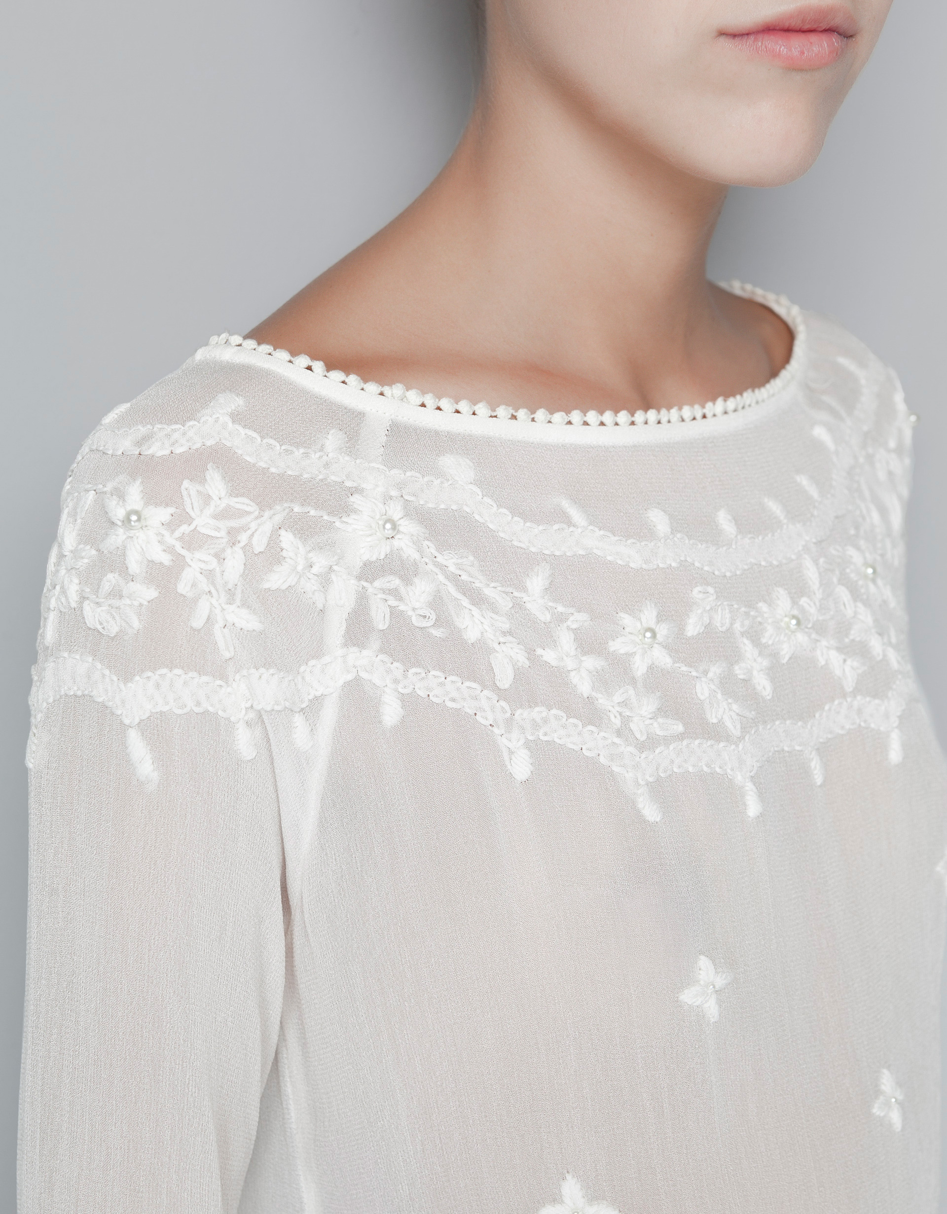 Zara Embroidered Blouse 71