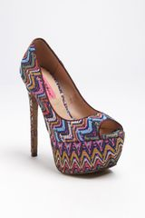 Betsey Johnson Barrot Pump - Lyst