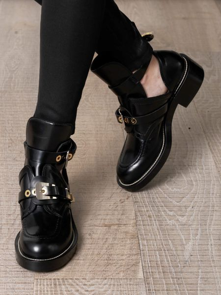 d6d9bcd992a44 Balenciaga Cutout Leather Ankle Boots in Black