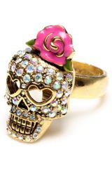 Betsey Johnson Crystal Skull Ring with Pink Flower - Lyst