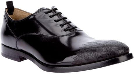 Alexander Mcqueen Etched Derby Shoe in Black for Men - Lyst