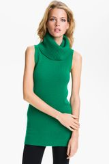 Theory Chantal Sleeveless Cashmere Sweater - Lyst