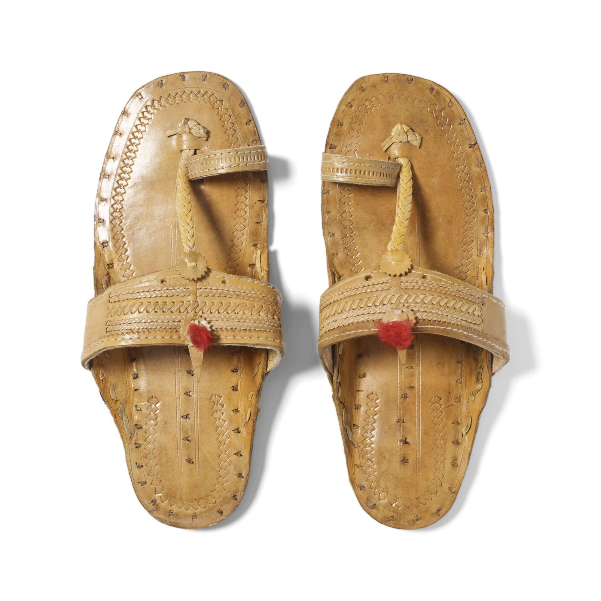 482b382afdd4 Lyst - Club Monaco Indian Sandals in Natural
