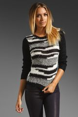 Alice + Olivia Topanga Textured Stitch Crewneck Sweater in Blackwhite - Lyst