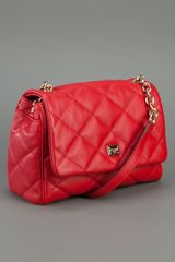 Dolce & Gabbana Quilted Shoulder Bag in Red - Lyst