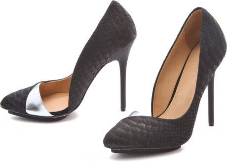 L.a.m.b. Harlie Ii Suede Pumps in Black