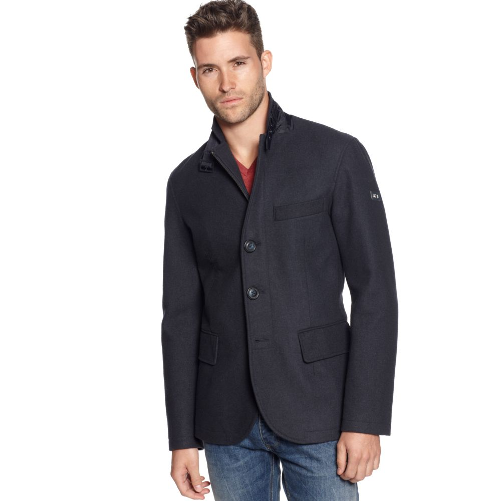 Find the latest trends for men's velvet blazer, fashion, sport coat, double breasted, single breasted, leather, and linen, seersucker & wool, velour blazer for men with high excellence quality.