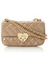 Moschino Cheap & Chic Matelasse Heart Quilted Chain Shoulder in Beige (neutral) - Lyst