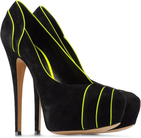 Casadei Pumps in Black - Lyst