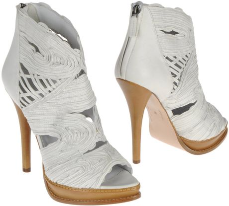 Ermanno Scervino Ankle Boots in White - Lyst
