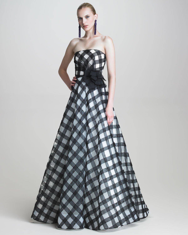 Lyst Oscar De La Renta Strapless Gingham Gown In Black