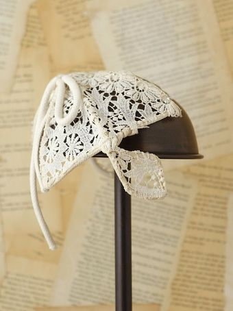 Free People Vintage Crochet Bow Headpiece - Lyst