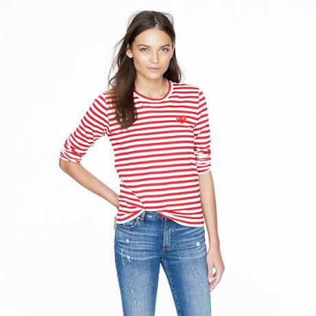 play comme des gar ons stripe heart tee in red. Black Bedroom Furniture Sets. Home Design Ideas