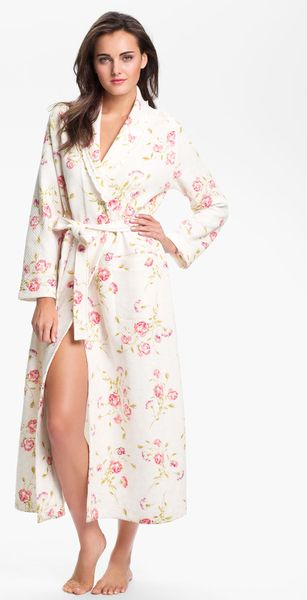 Carole Hochman Designs Vintage Roses Robe in Floral (vintage teacup roses)