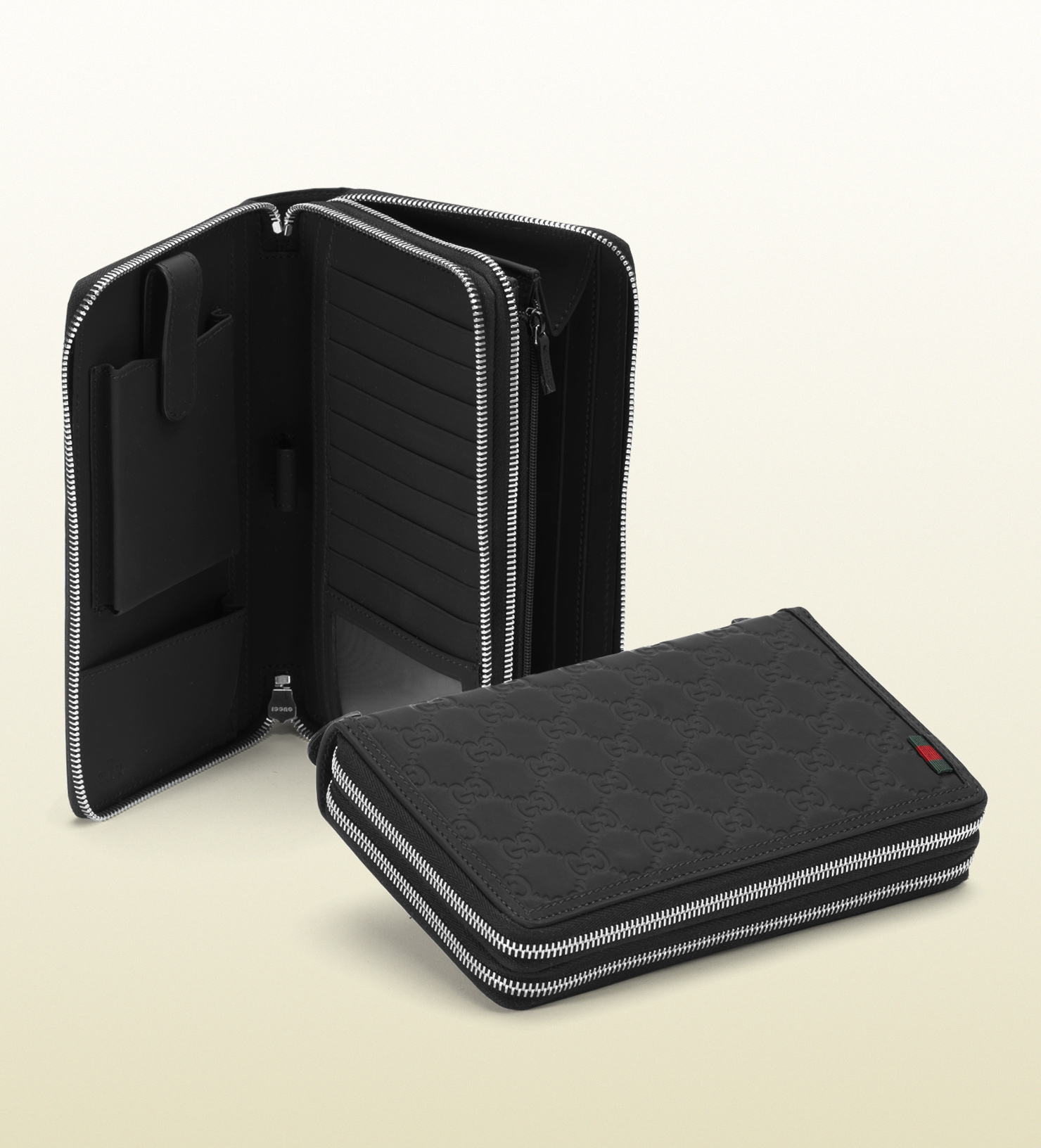 a91784c10fe Lyst - Gucci Black Rubber Ssima Leather Travel Document Case in ...