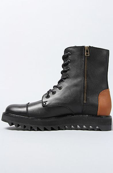 caminando the 6 inch ripple sole leather boot in negro in