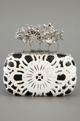 Alexander Mcqueen Knuckleduster Clutch in Black - Lyst