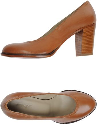 Obeline Closedtoe Slipons - Lyst