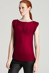 Alice + Olivia Top Bebe Rolled Sleeve Silk - Lyst