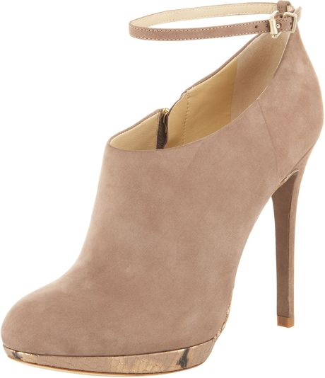 B Brian Atwood Snakesole Ankle Bootie in Beige (black)