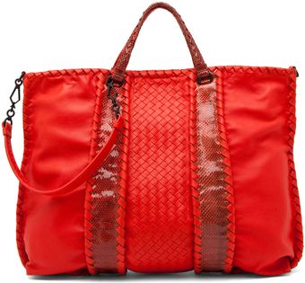 Bottega Veneta Nappa Ayers Shoulder Bag in Fire - Lyst