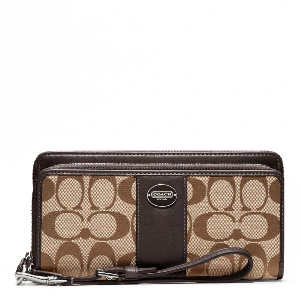 Coach Legacy Accordion Zip In Signature Large Brown