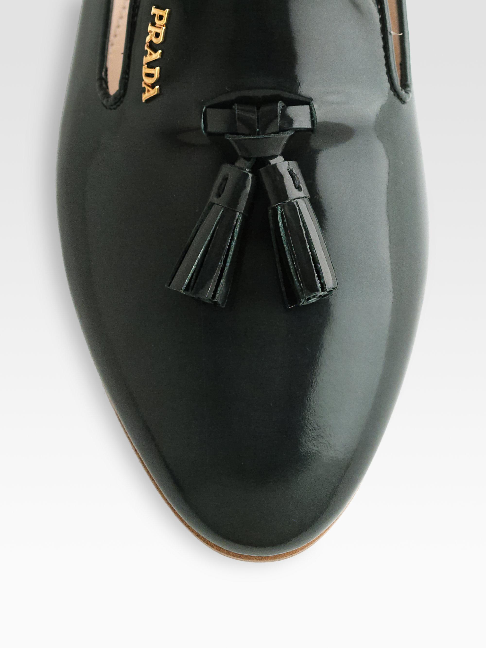 Prada Patent Leather Tassel Smoking Slippers in Green | Lyst