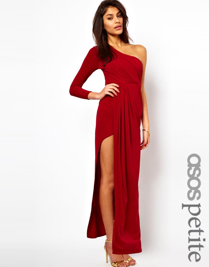Платье с одним открытым плечом