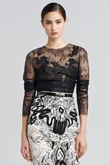 Oscar de la Renta Embroidered Chantilly Lace Blouse - Lyst